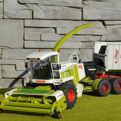 Claas Jaguar 880T Field Shuttle 1/32 scale