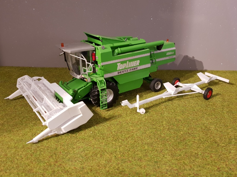 Deutz-Fahr Top Liner 4060hts 1/32 scale